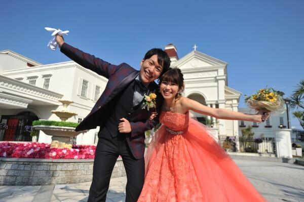新潟市結婚式場 ブレストン アメフト アメフトウェディング 向日葵 ヒマワリ ピアノ サプライズ ウェディングケーキ