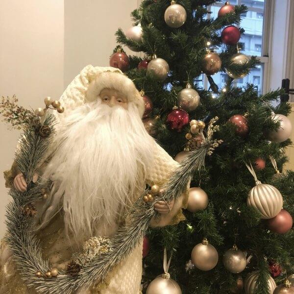 新潟市結婚式場 ブレストン クリスマス クリスマスツリー サンタ トナカイ イルミネーション