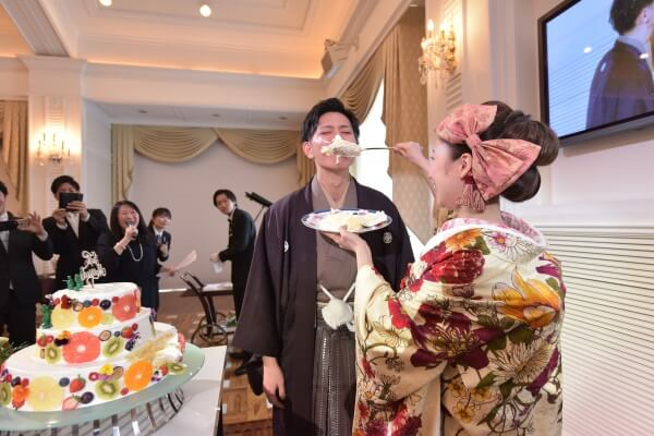 新潟市結婚式場 ブレストン メッセージカード 装花 フラワー グリーン お色直し 和装 余興 ケーキ ウェディングケーキ ファイスとバイト