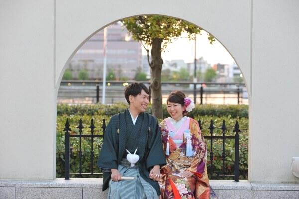 新潟市結婚式場 ブレストン ロビー ウェイティングスペース ウェルカムアイテム ウェルカムグッズ 階段 前撮り 寝ころびショット テラス