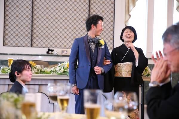 新潟市結婚式場 ブレストン ドレス色当てクイズ ドレスモチーフ当てクイズ かすみ草 かすみ草ドレス ウェディングケーキ ケーキプレゼンター 記念品 両親贈呈品