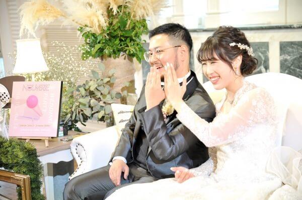 新潟市結婚式場 ブレストン ナチュラル カジュアル 高砂ソファ 写真