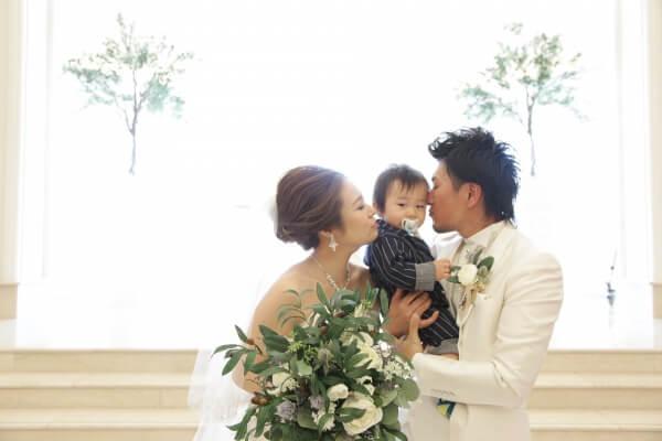 ファーストバースデー目前♪パパとママとボク3人の結婚式♡【チャペル式編】