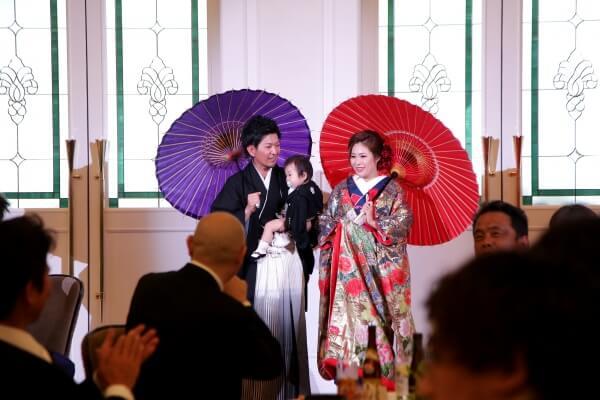 番傘で艶やか❤『和』な入場シーン!