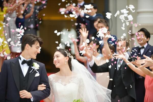 新潟市結婚式場 ブレストン アフターセレモニー フラワーシャワー 広場