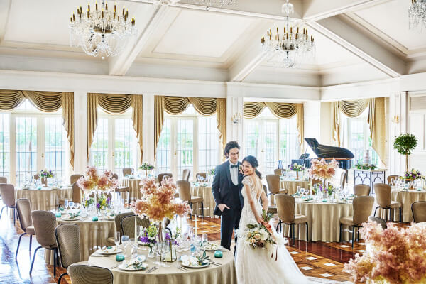 新潟市結婚式場 ブレストン チャペル フラワーシャワー 大聖堂 白亜 アフターセレモニー